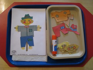 Scarecrow Gluing (Found at http://kidssoup.com)